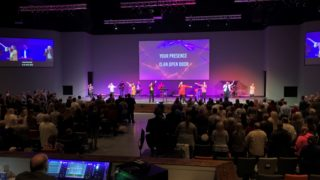 Borderless Framed Screen for the Alabama Destination Church